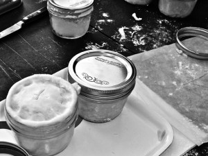 pie in jar 33